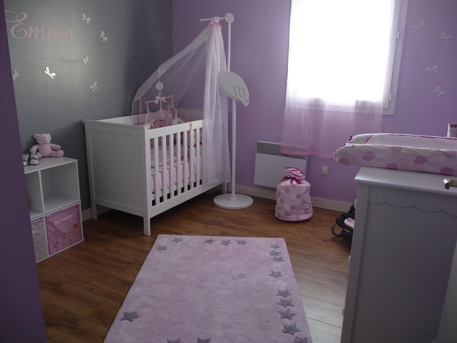 La chambre de b b feng shui for Photo decoration chambre bebe fille