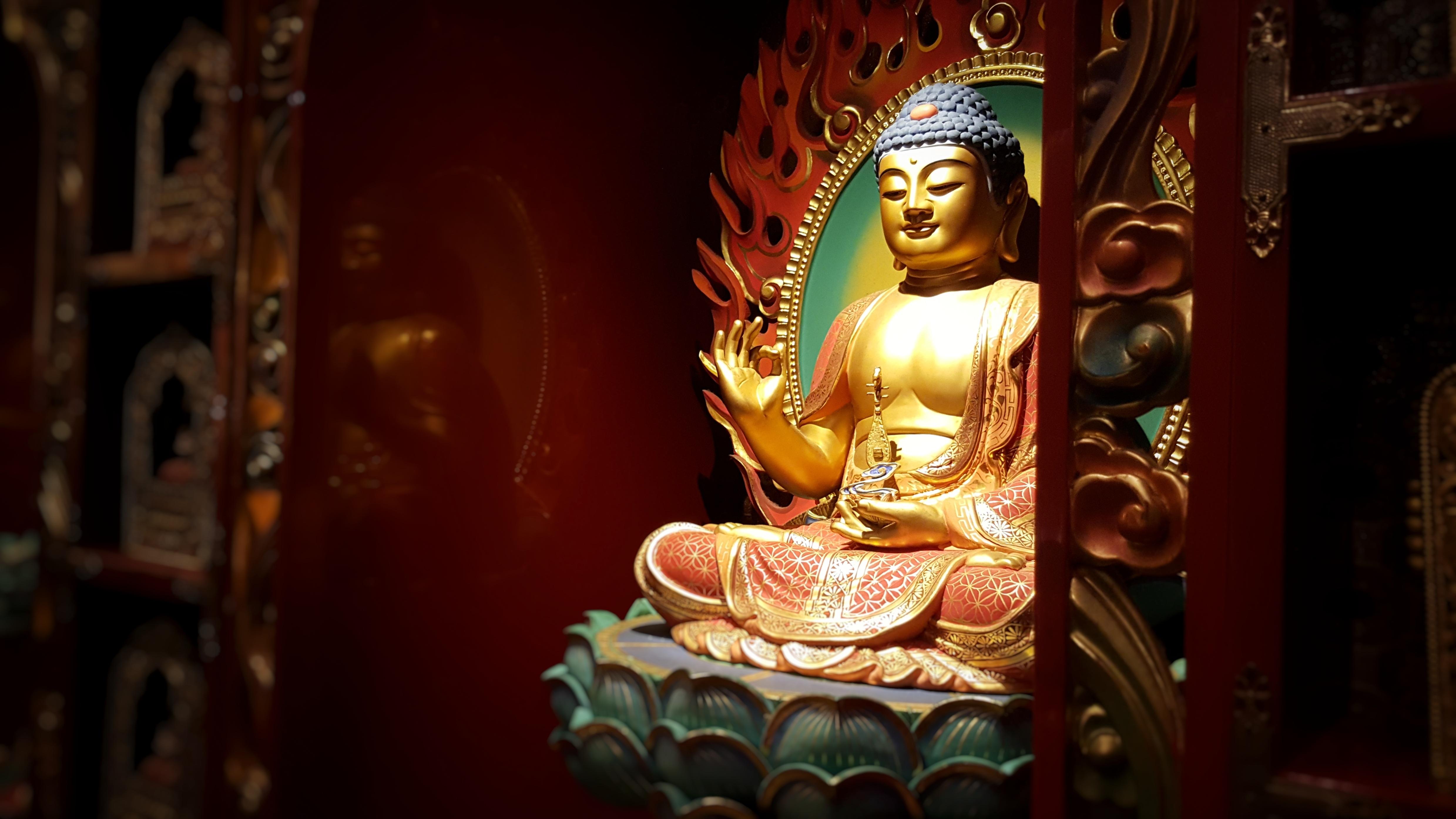 images feng shui - lefengshuifacile.com - Bouddha d'or zen